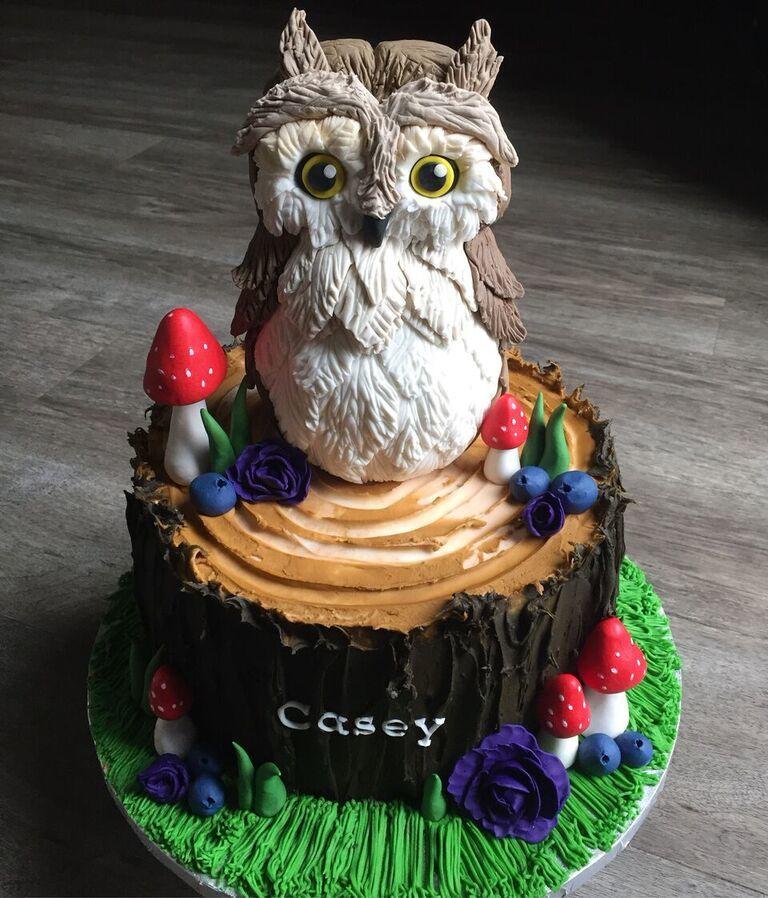 Owl woodland birthday cake