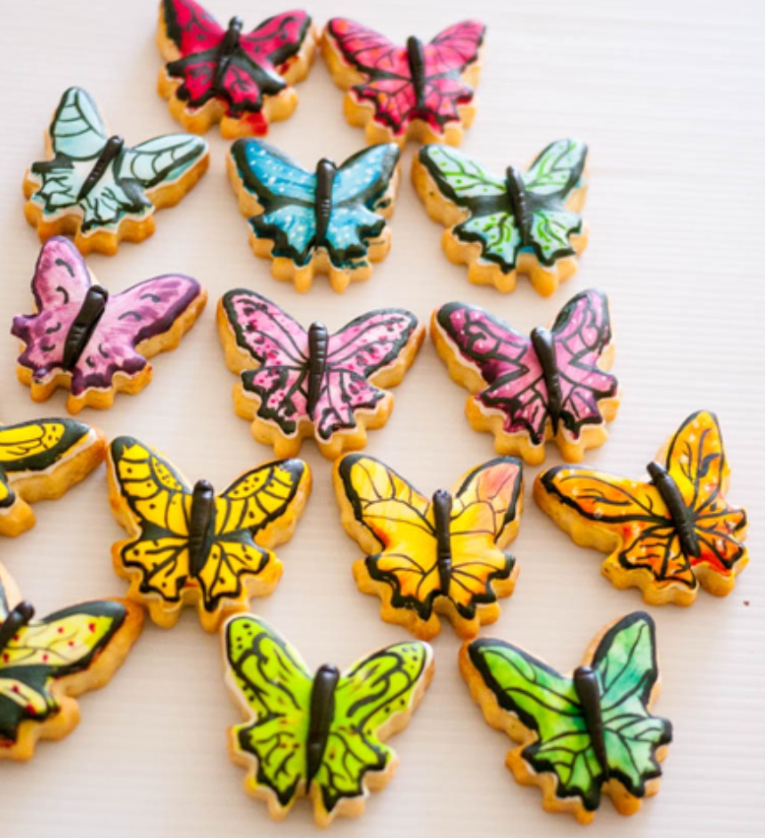 Fondant butterfly cookies