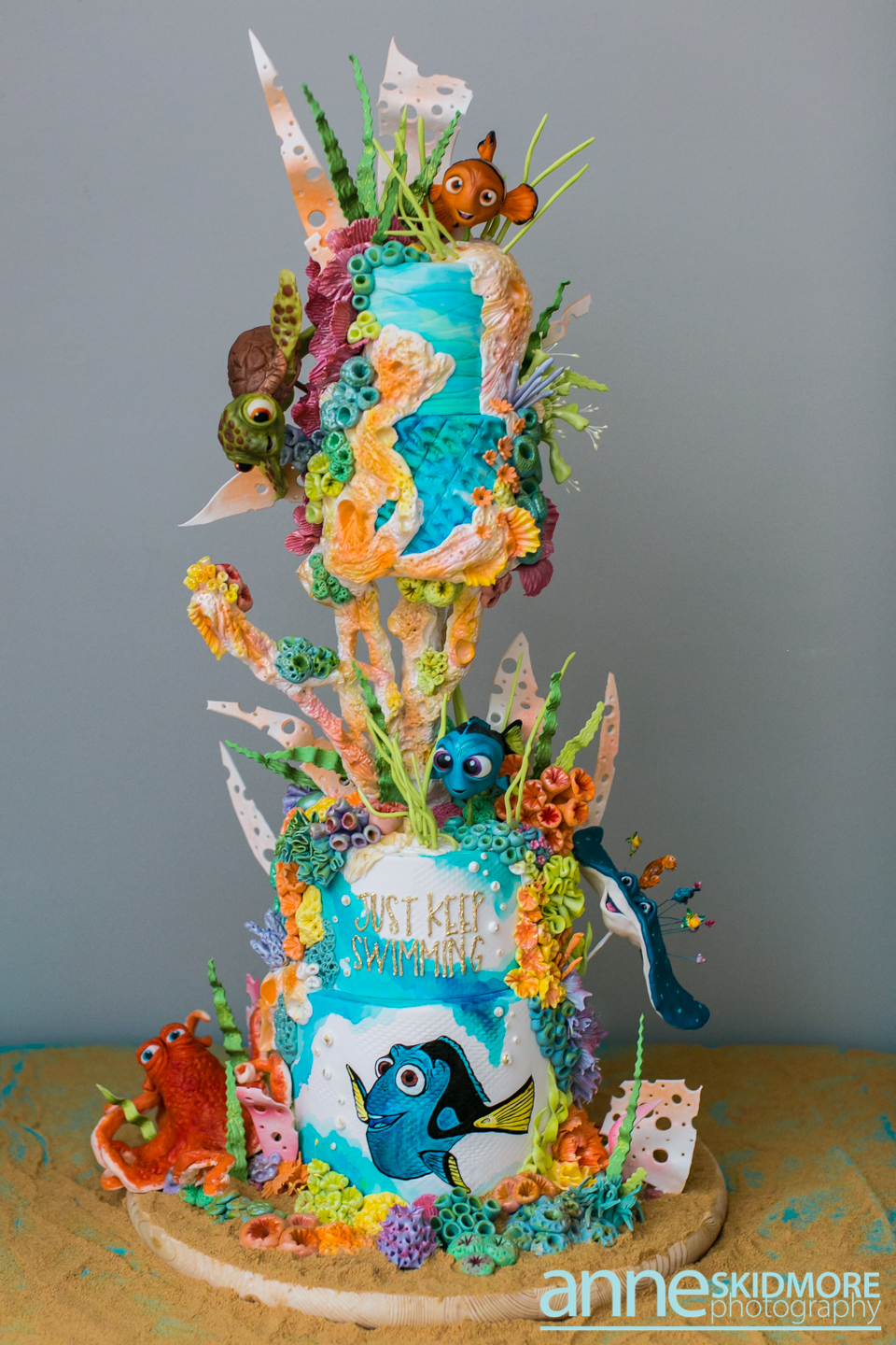 Finding Dory themed birthday under the sea cake