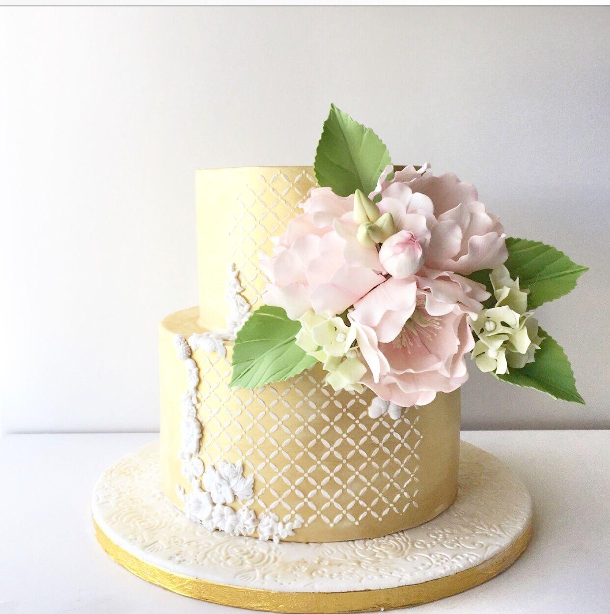 Pastel Yellow wedding with pink sugar flowers