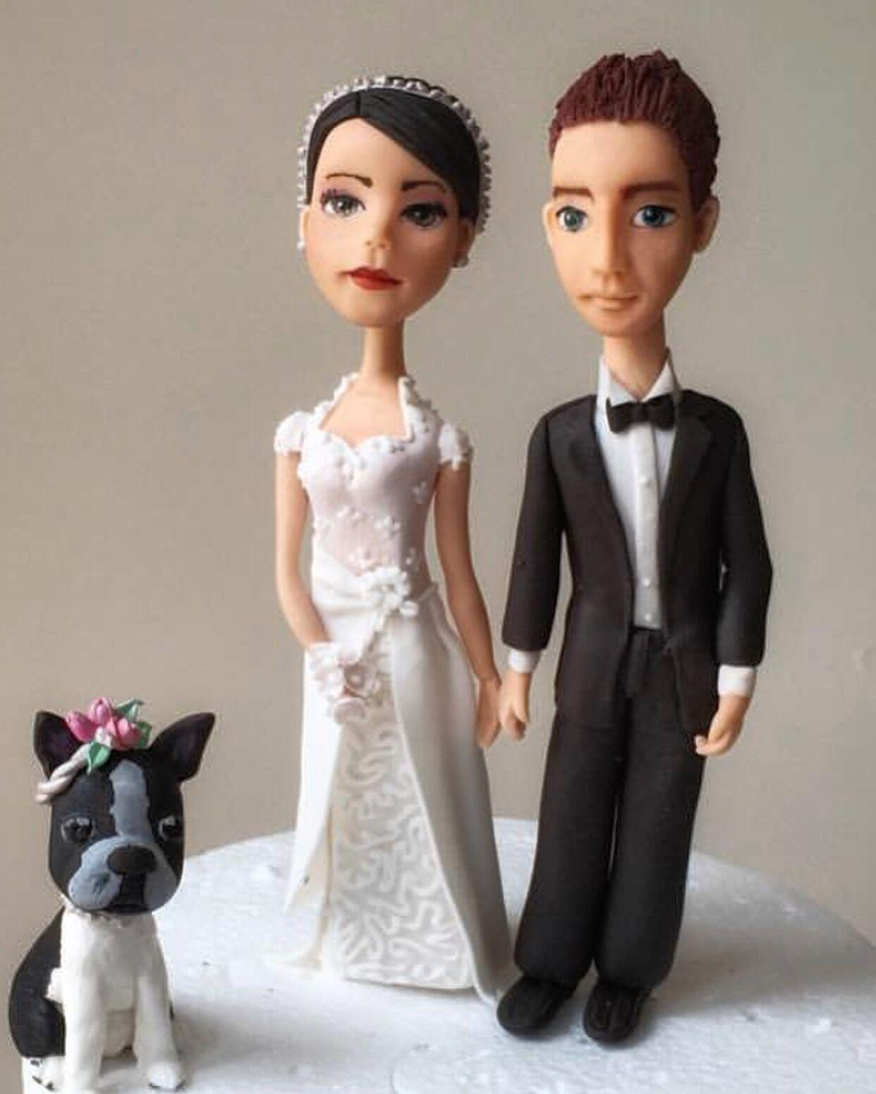 Bride and groom fondant topper