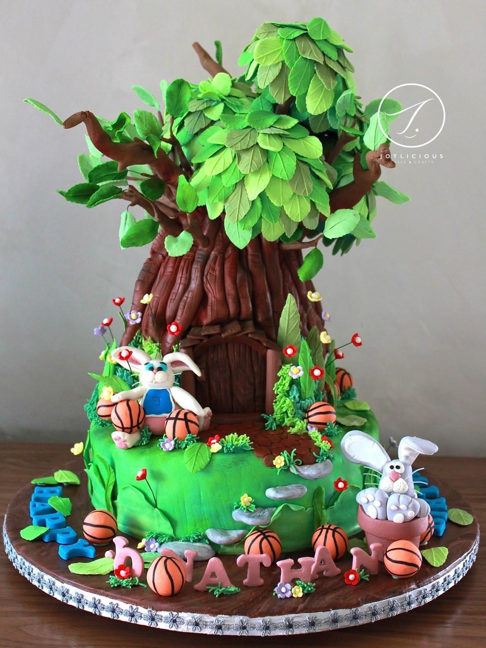 Treehouse bunny cake
