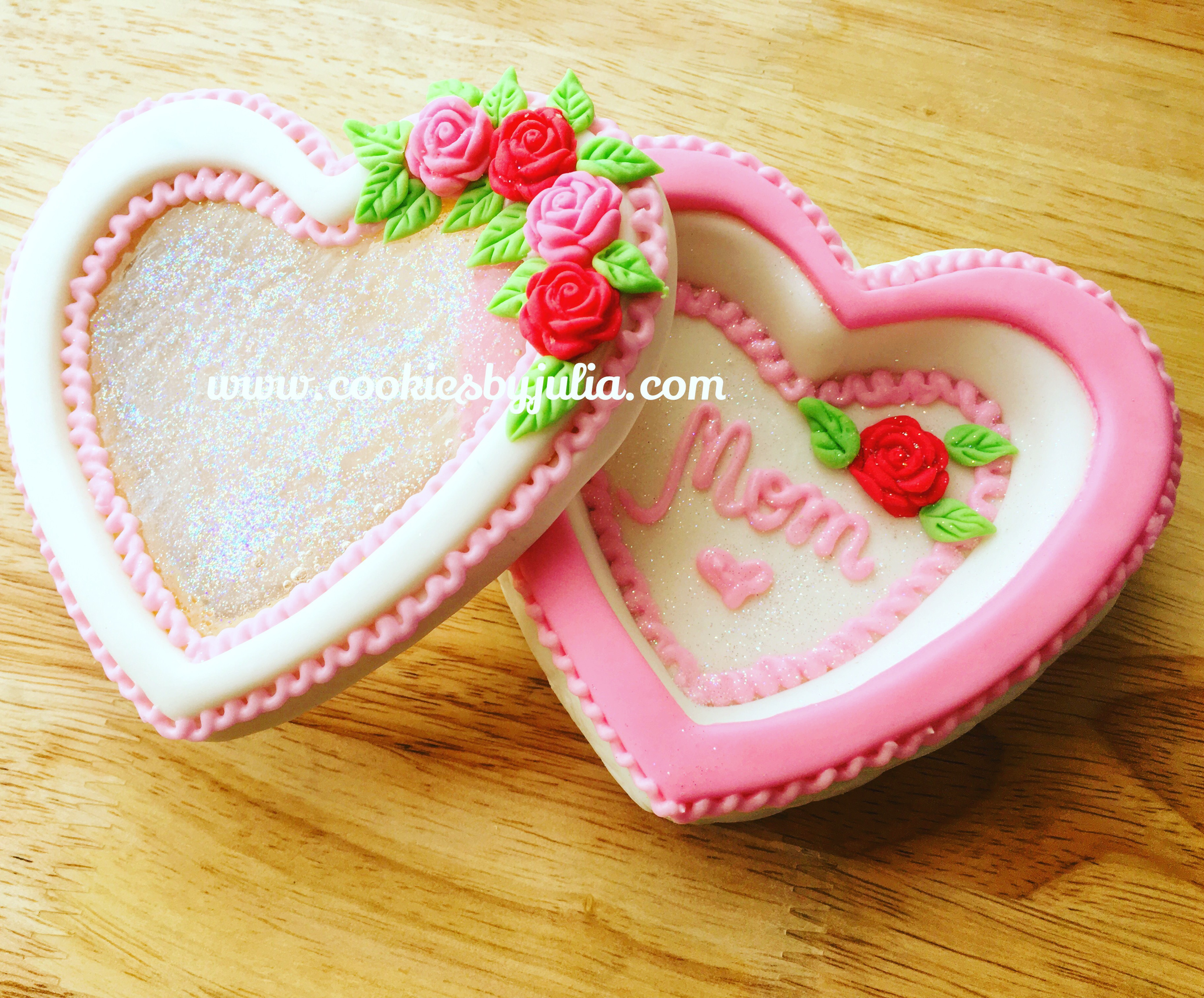 Mother's Day fondant heart cookies