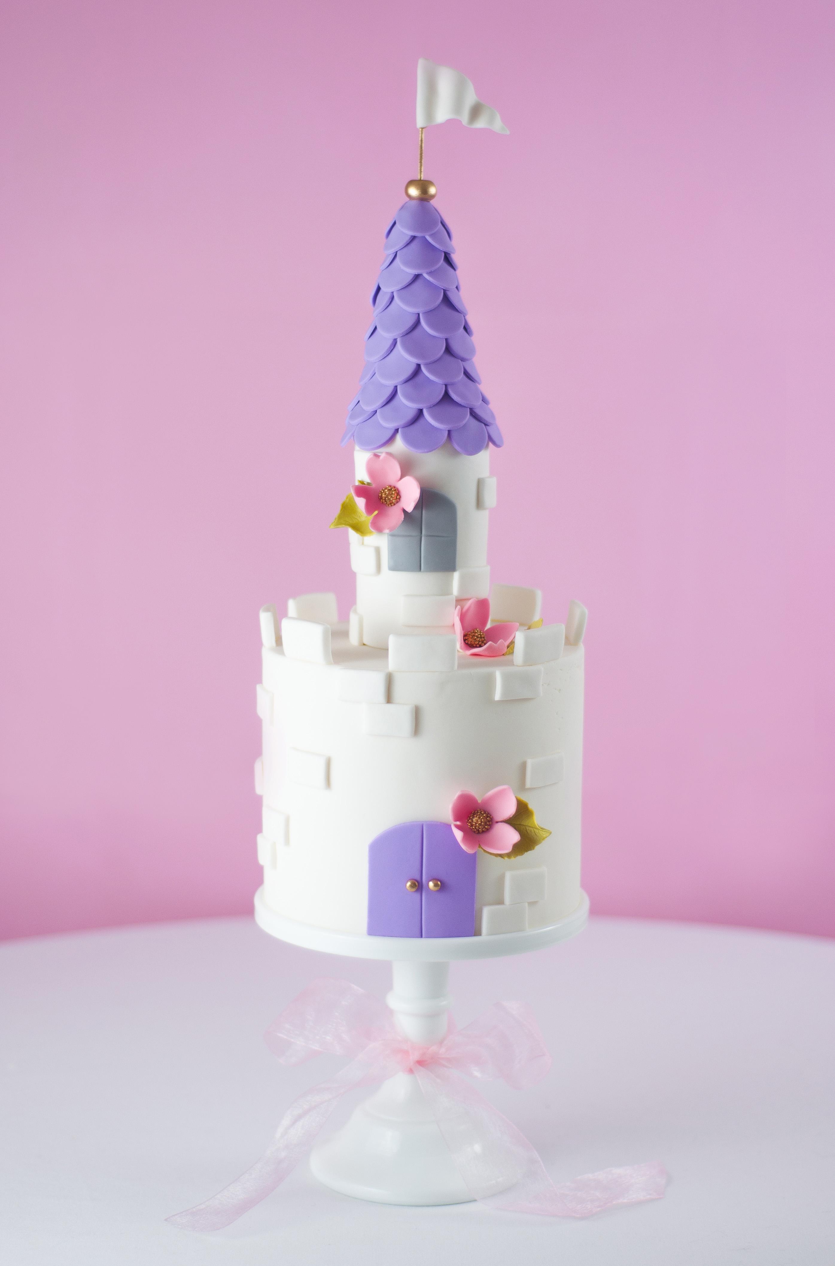 Petite castle party cake