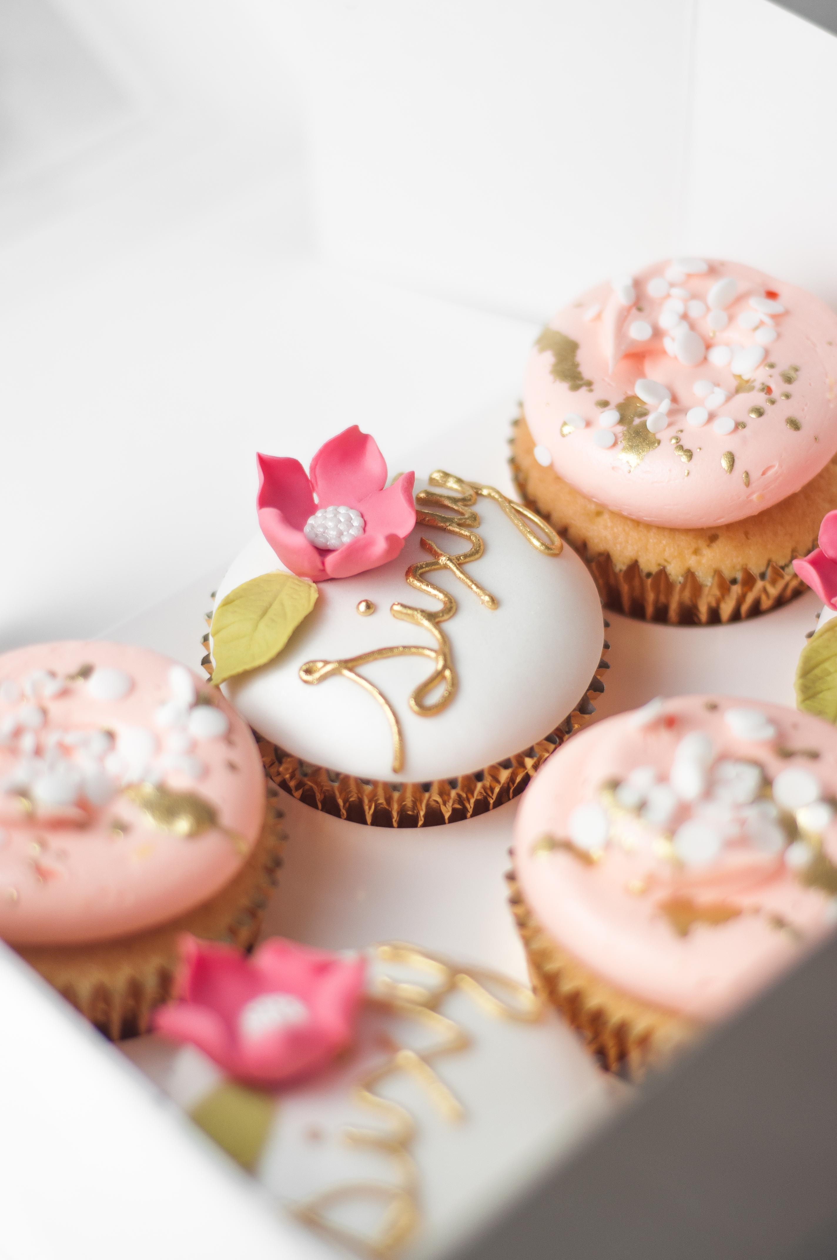 Peach and white elegant cupcakes