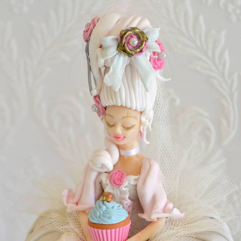 Marie Antoinette figurine