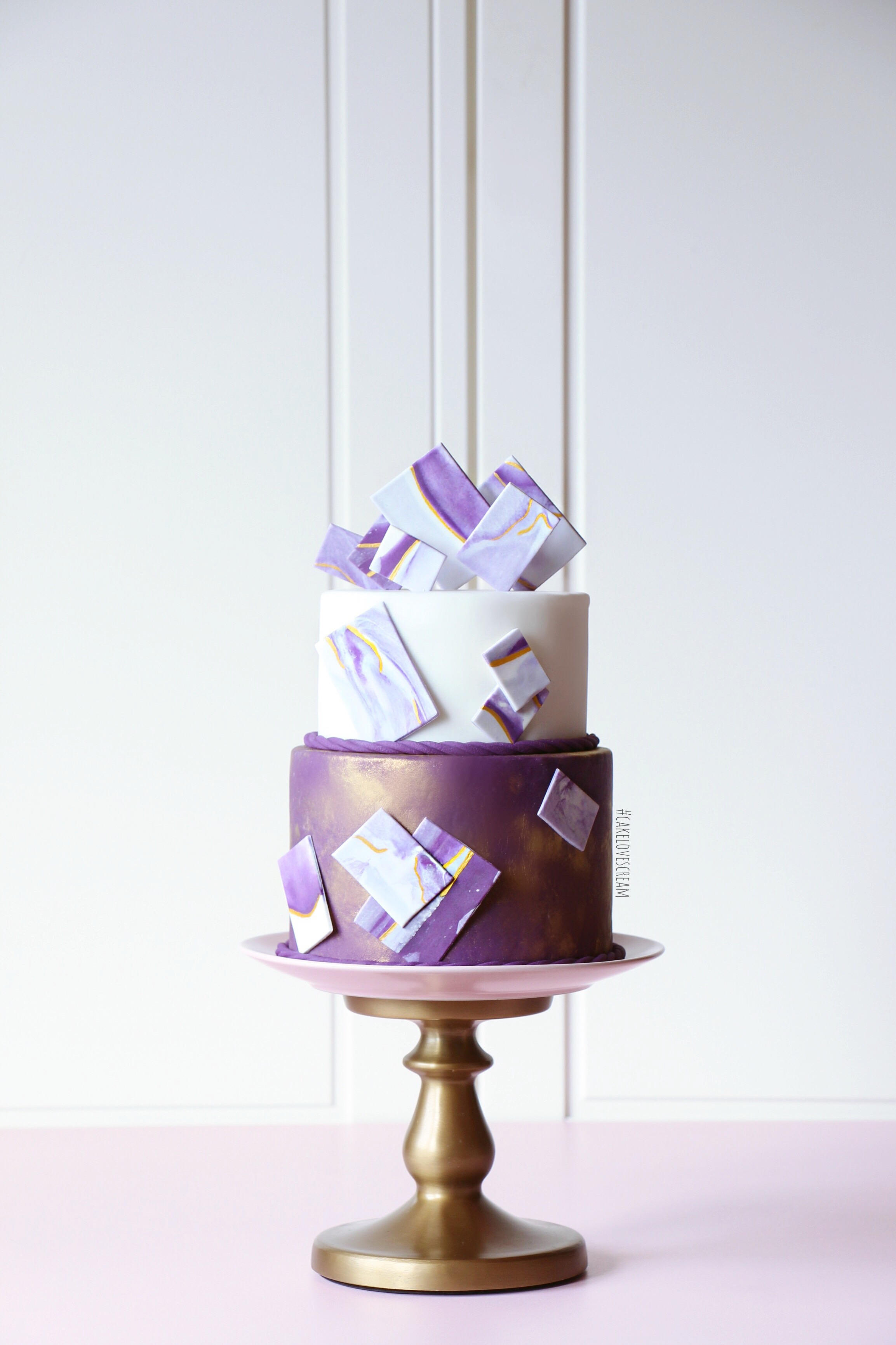 Purple and white geometric wedding cake