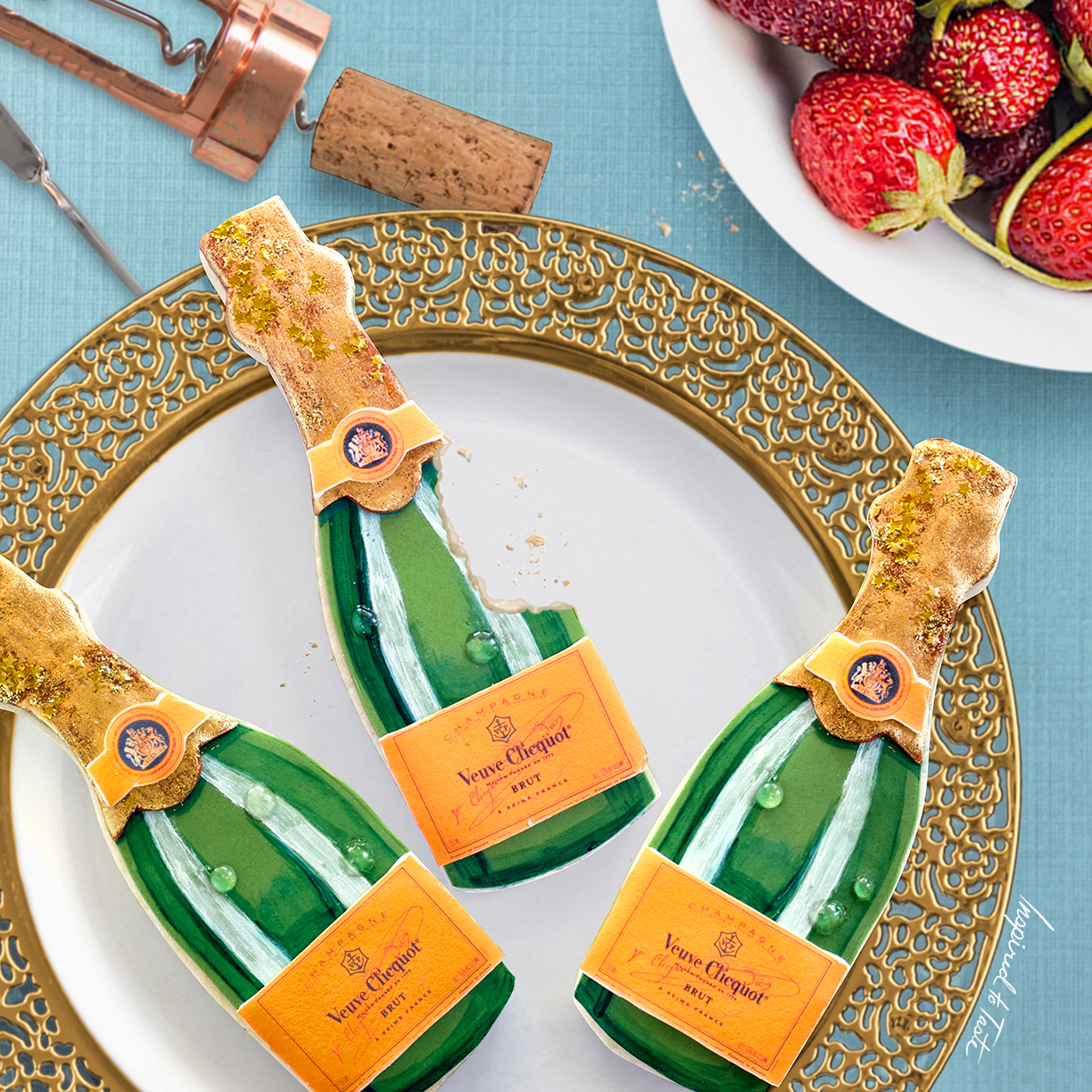 Champagne bottle fondant cookies