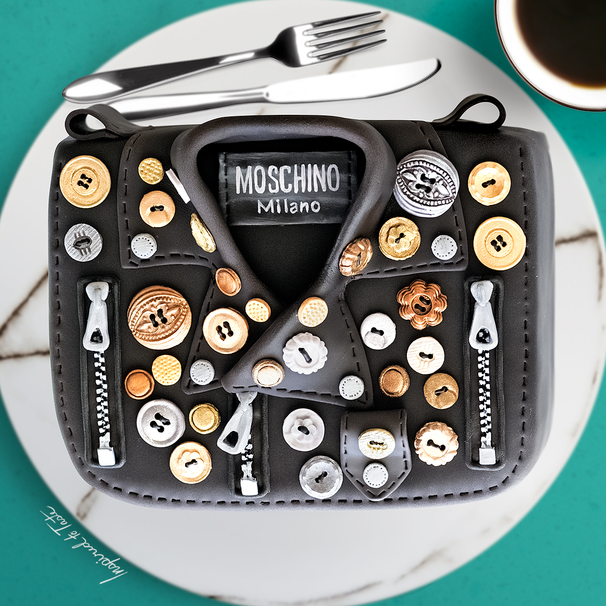 Italian Purse cake with bling