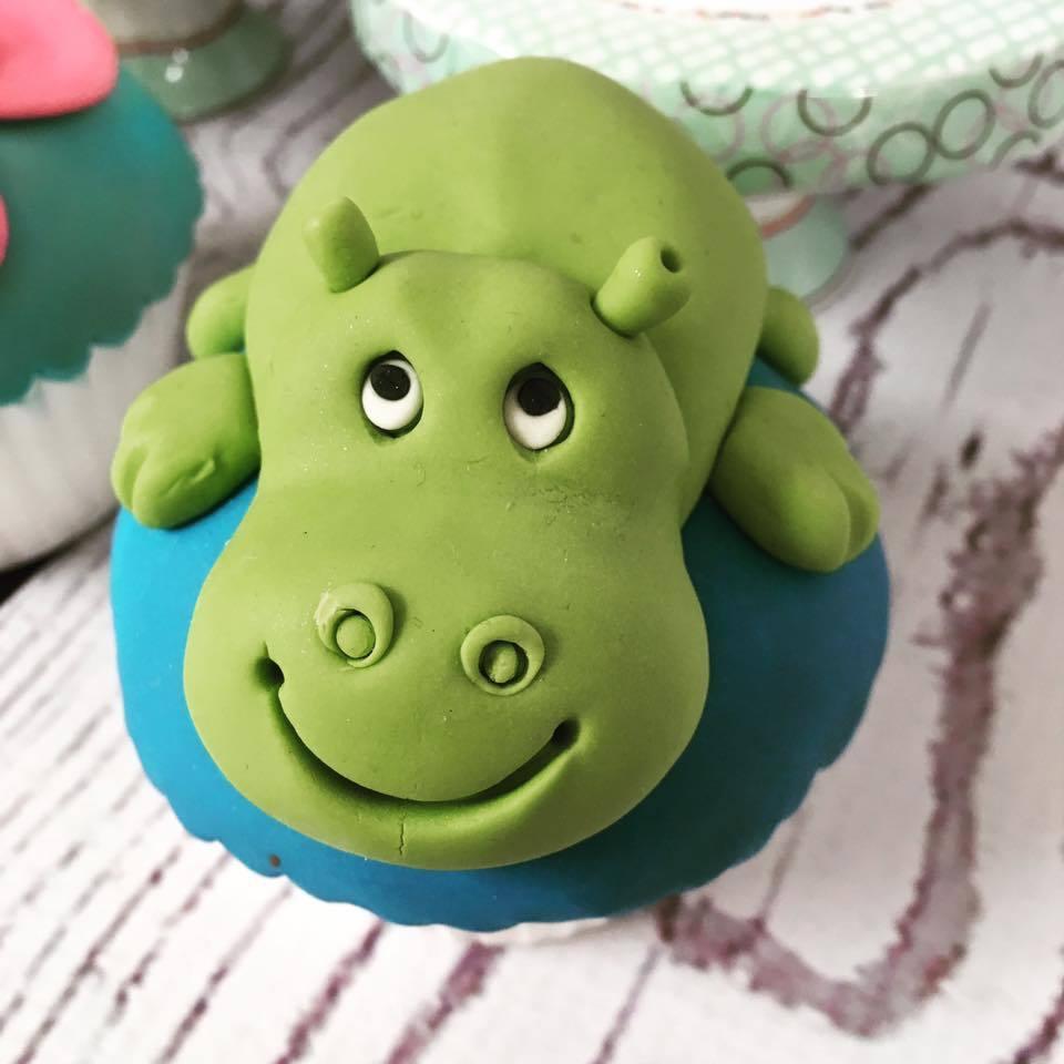 Hippo cupcake topper