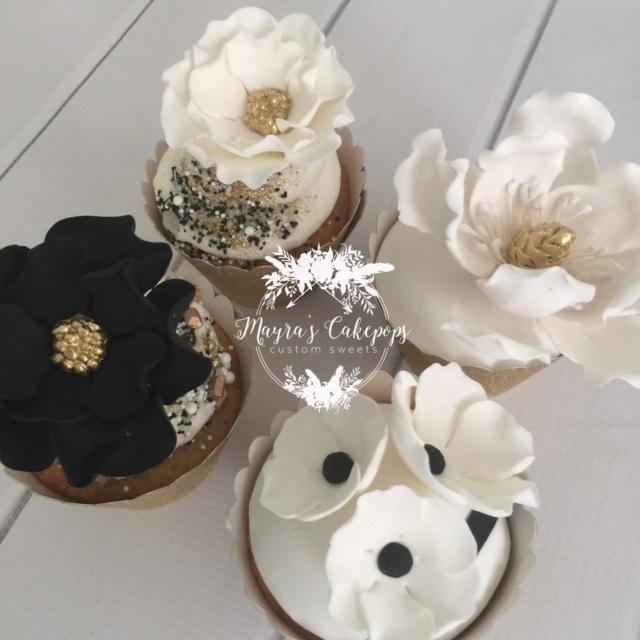 Black & White Gum Paste Flower Cupcakes