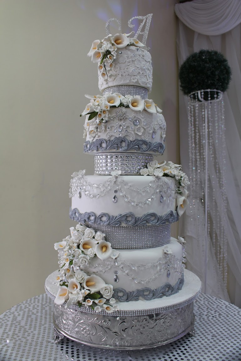 White with silver sparkle wedding cake
