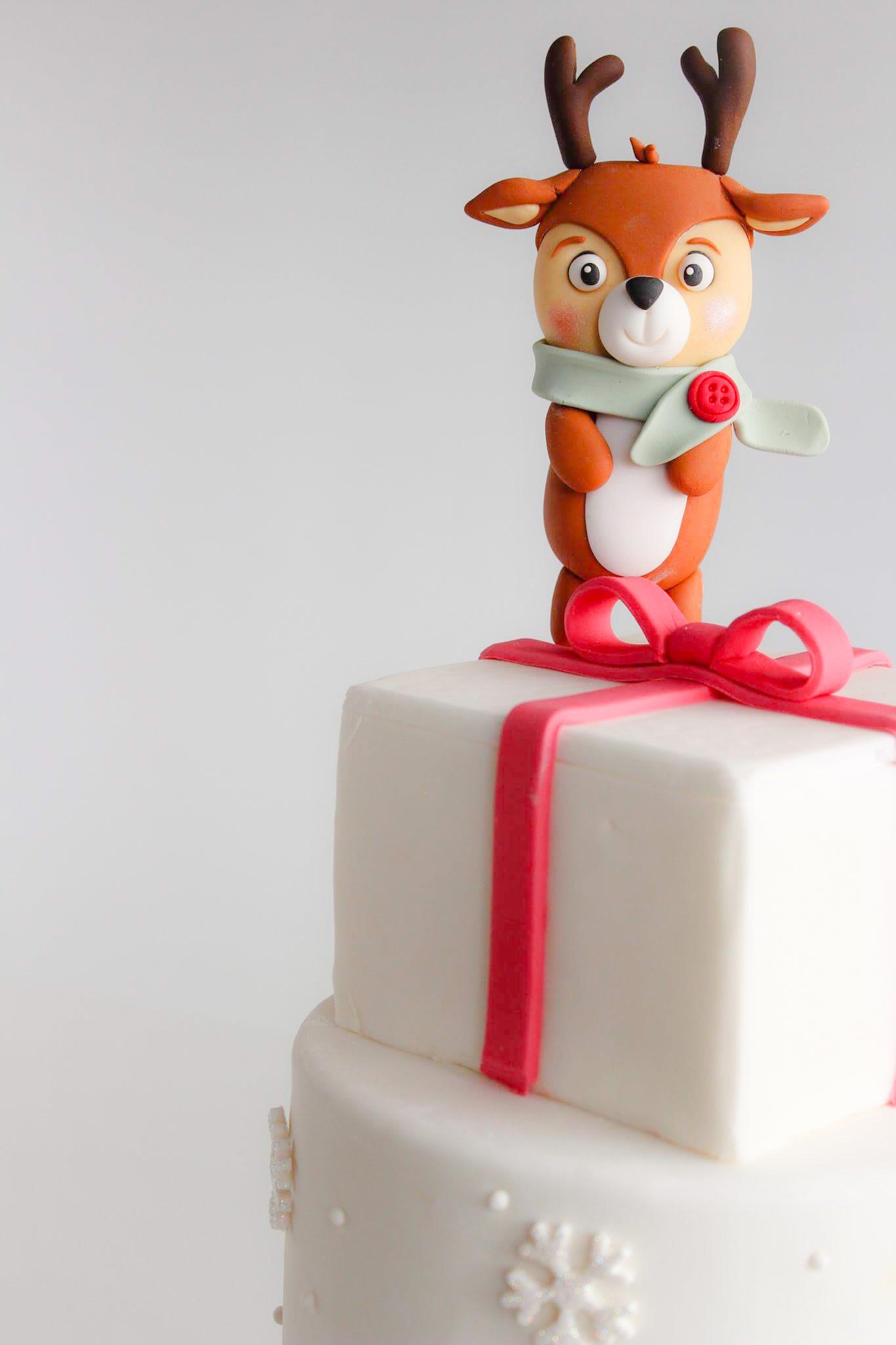 Reindeer Christmas birthday cake