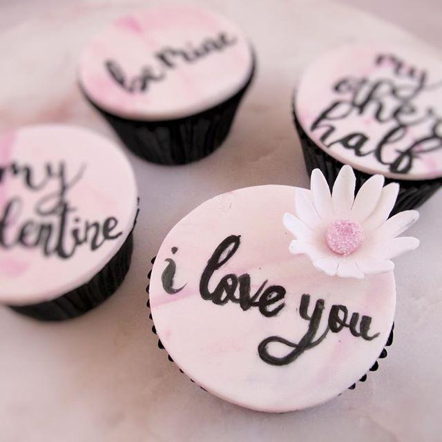 Pink love cupcakes