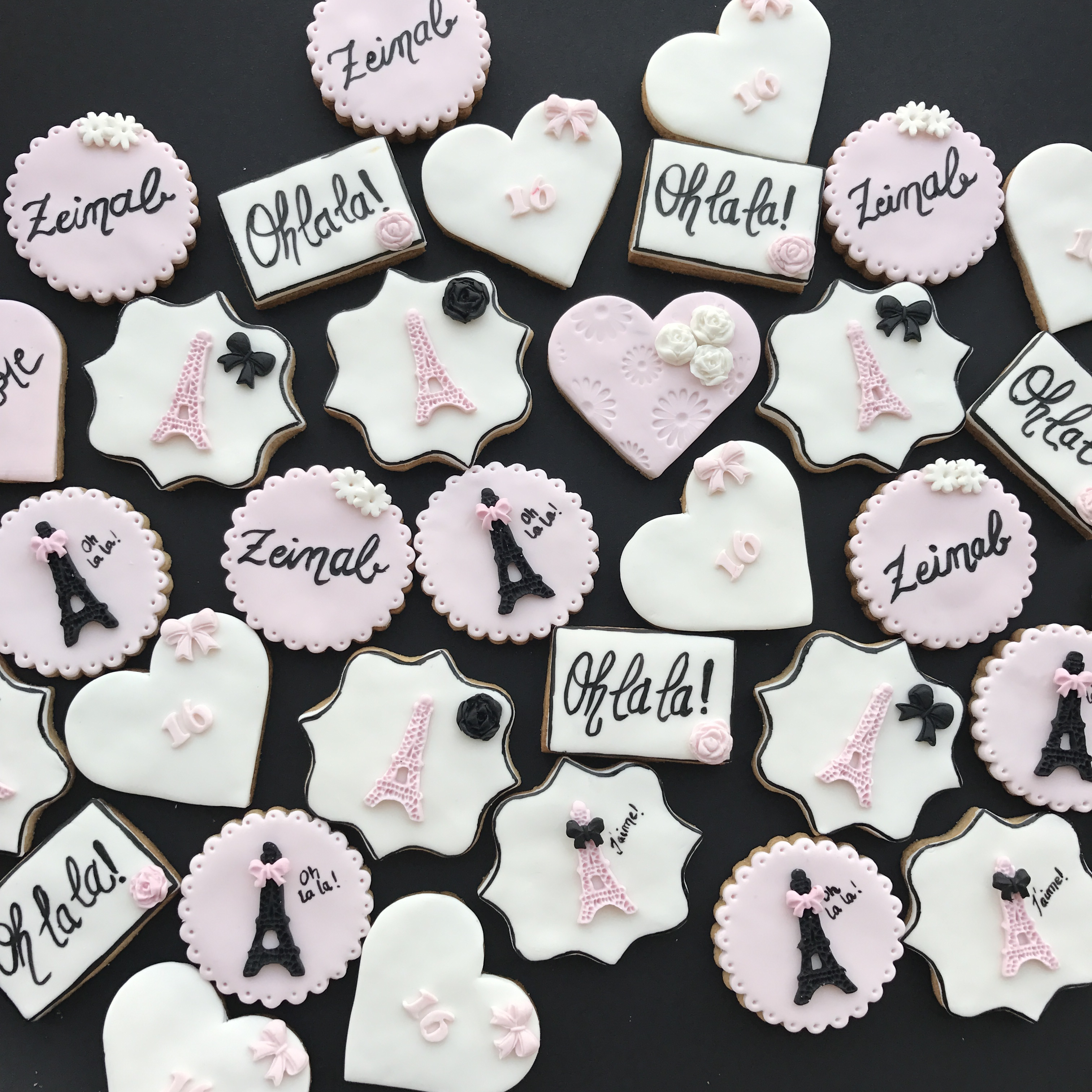 Parisian themed fondant cookies