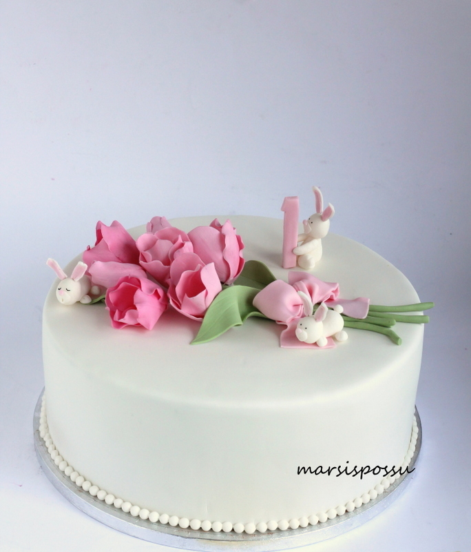 White Mini with sugar flowers
