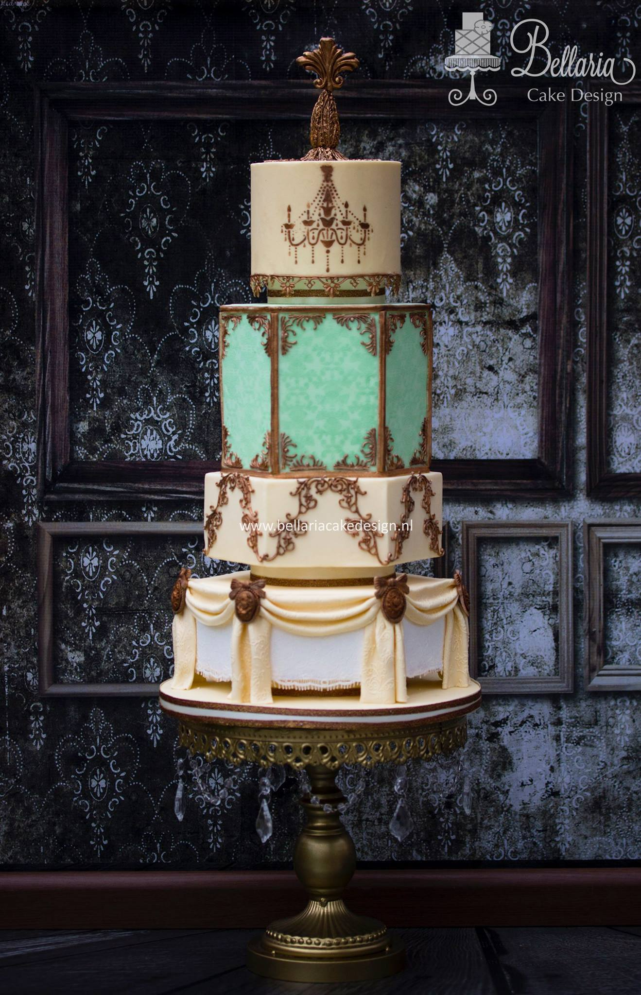 Dowton Abby Themed Wedding cake