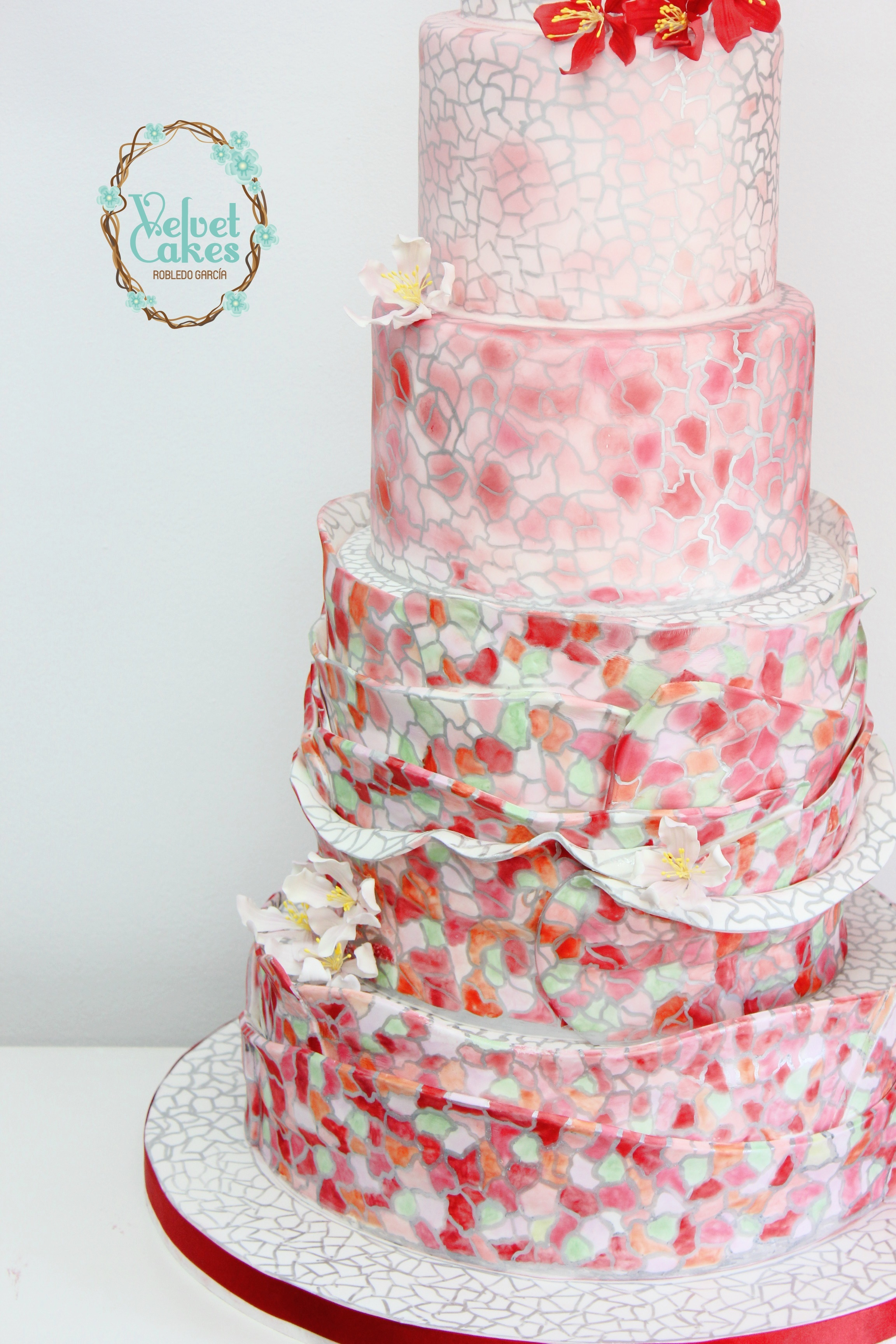 Hand painted patterned cake