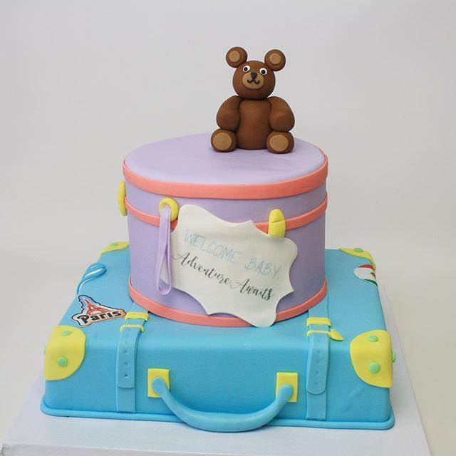 Giftbox themed baby boy cake