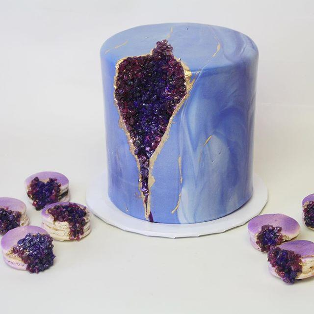 Purple rock geode cake and cookies