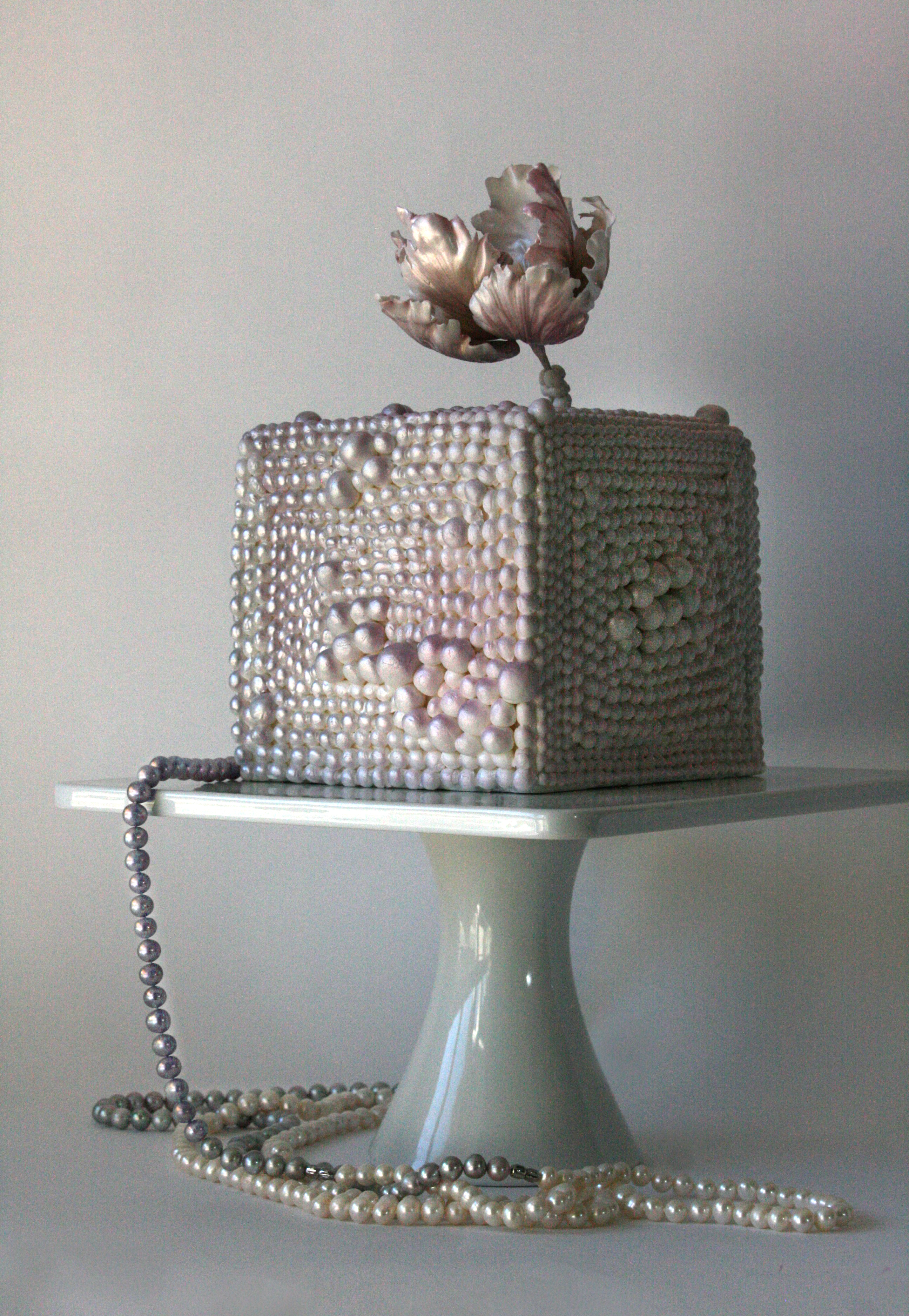 Square pearl themed wedding