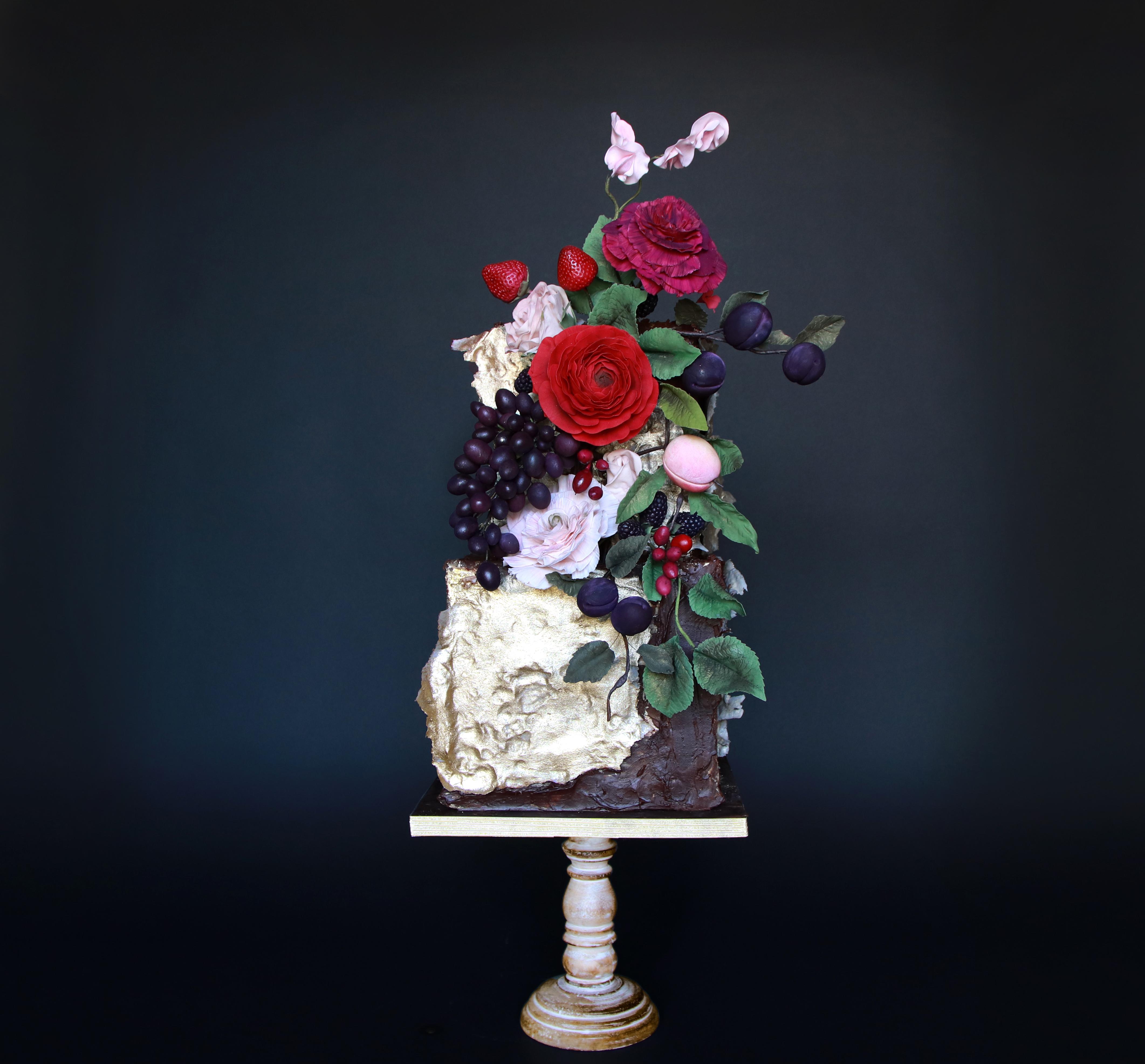 Purple and white vineyard inspired wedding cake