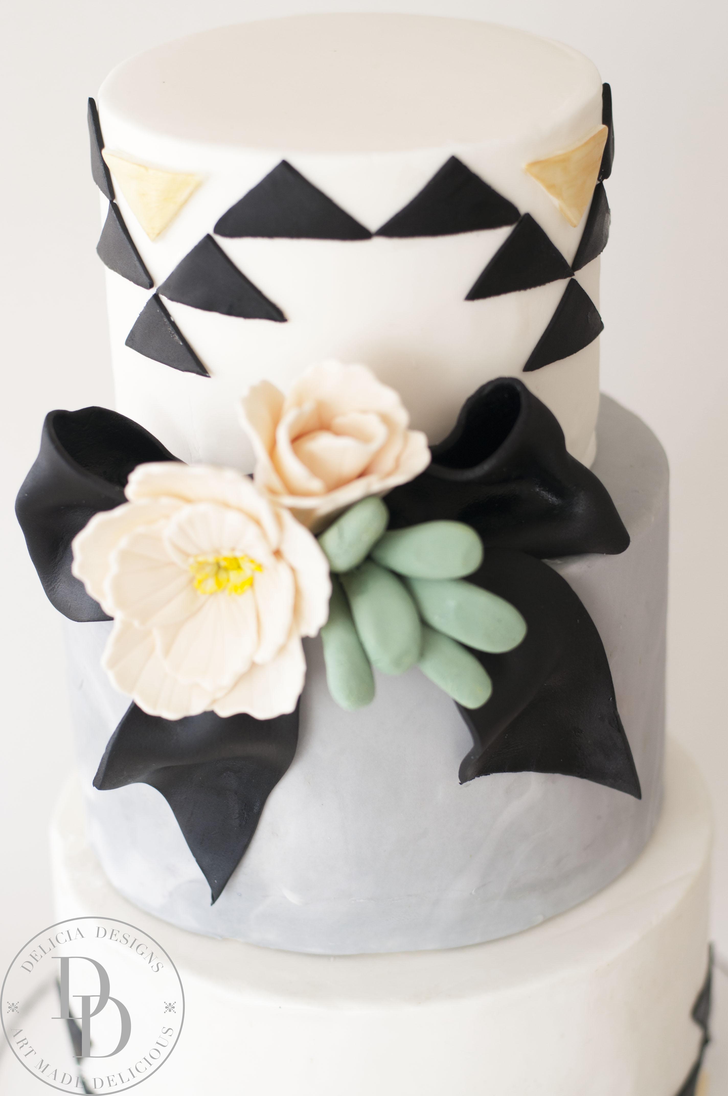 Black and white geometric wedding cake
