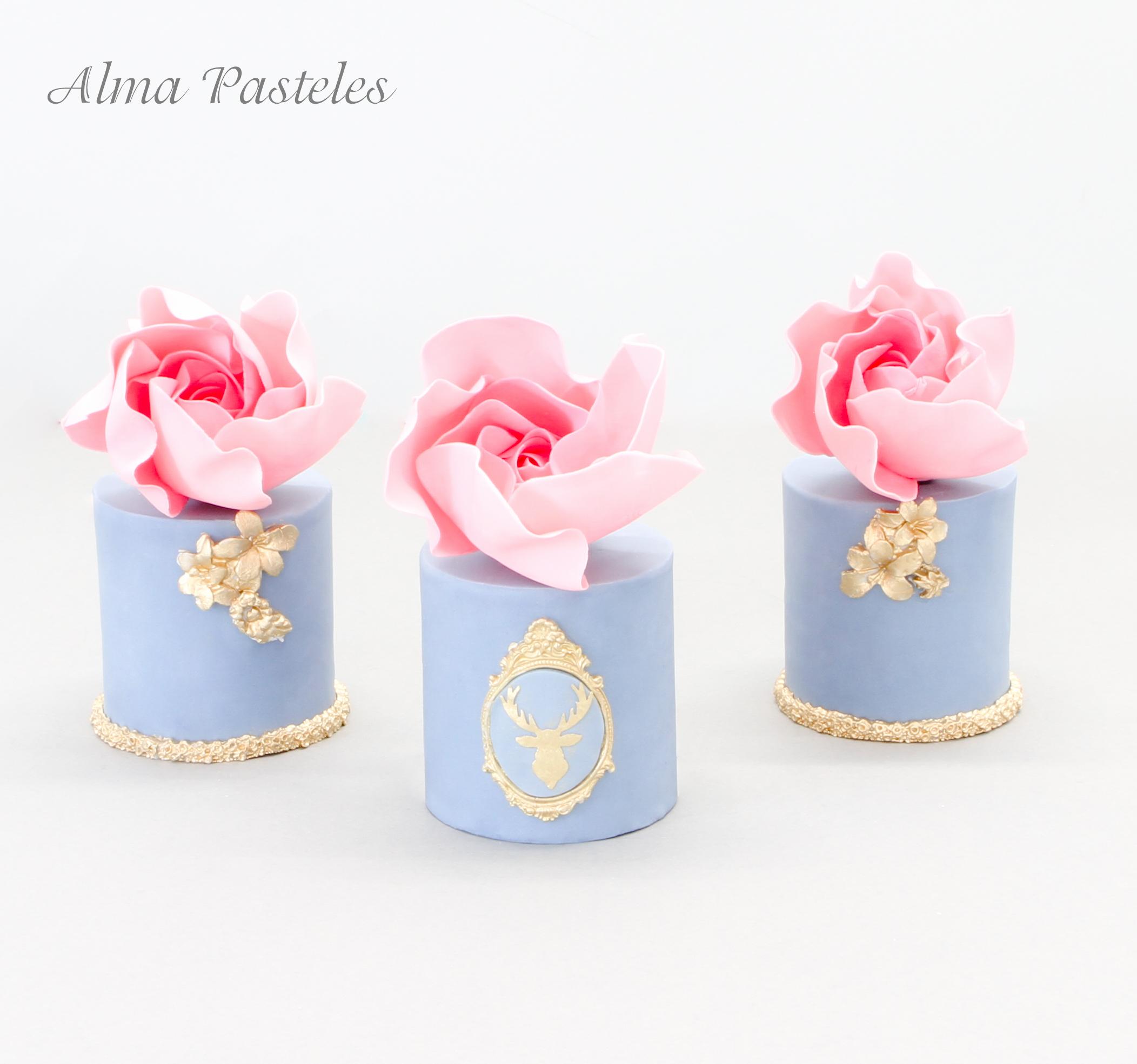 Mini light blue cakes