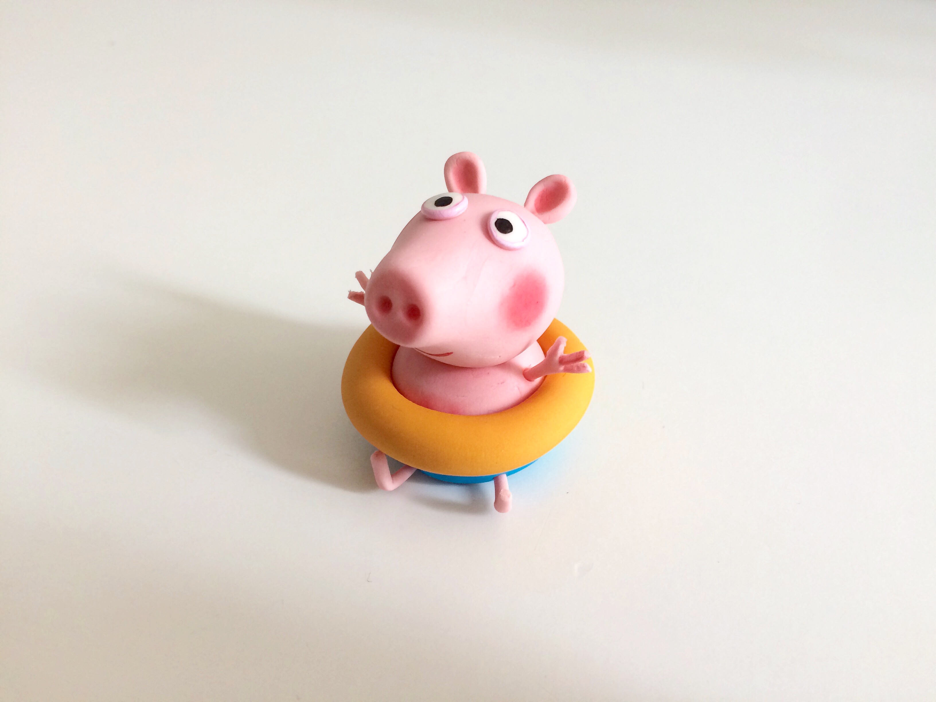 Fondant Peppa the pig figurine