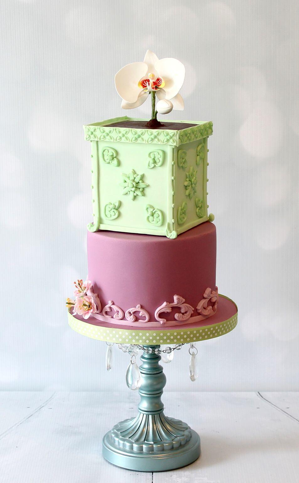 Violet-Tran-The-Violet-Cake-Shop-Seasonal-Celebration-Spring-1.jpeg#asset:11838