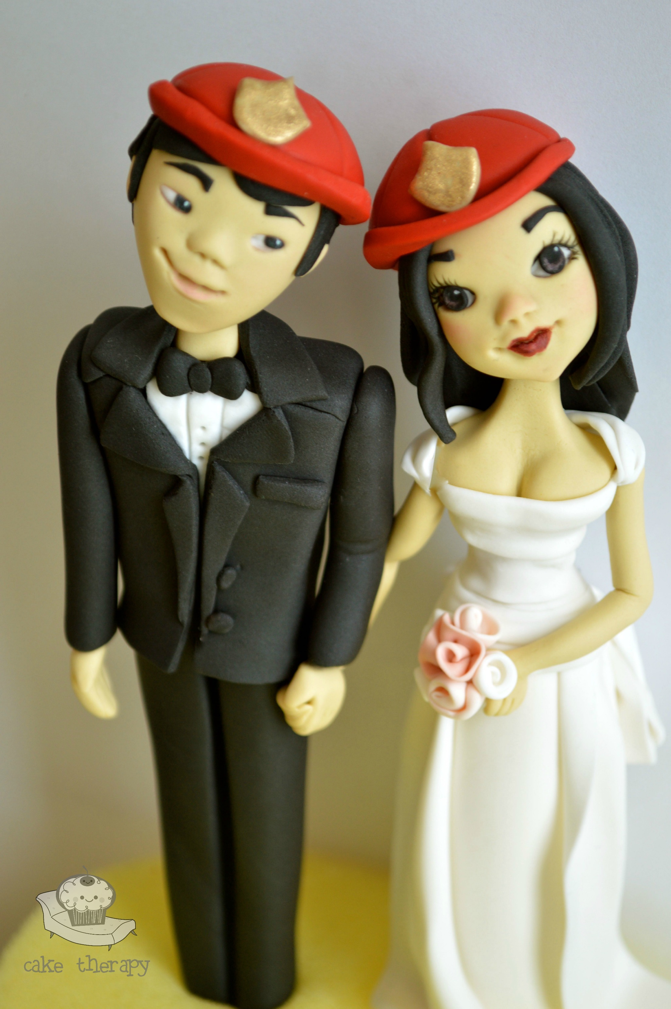 Sculpted Husband & Wife Topper