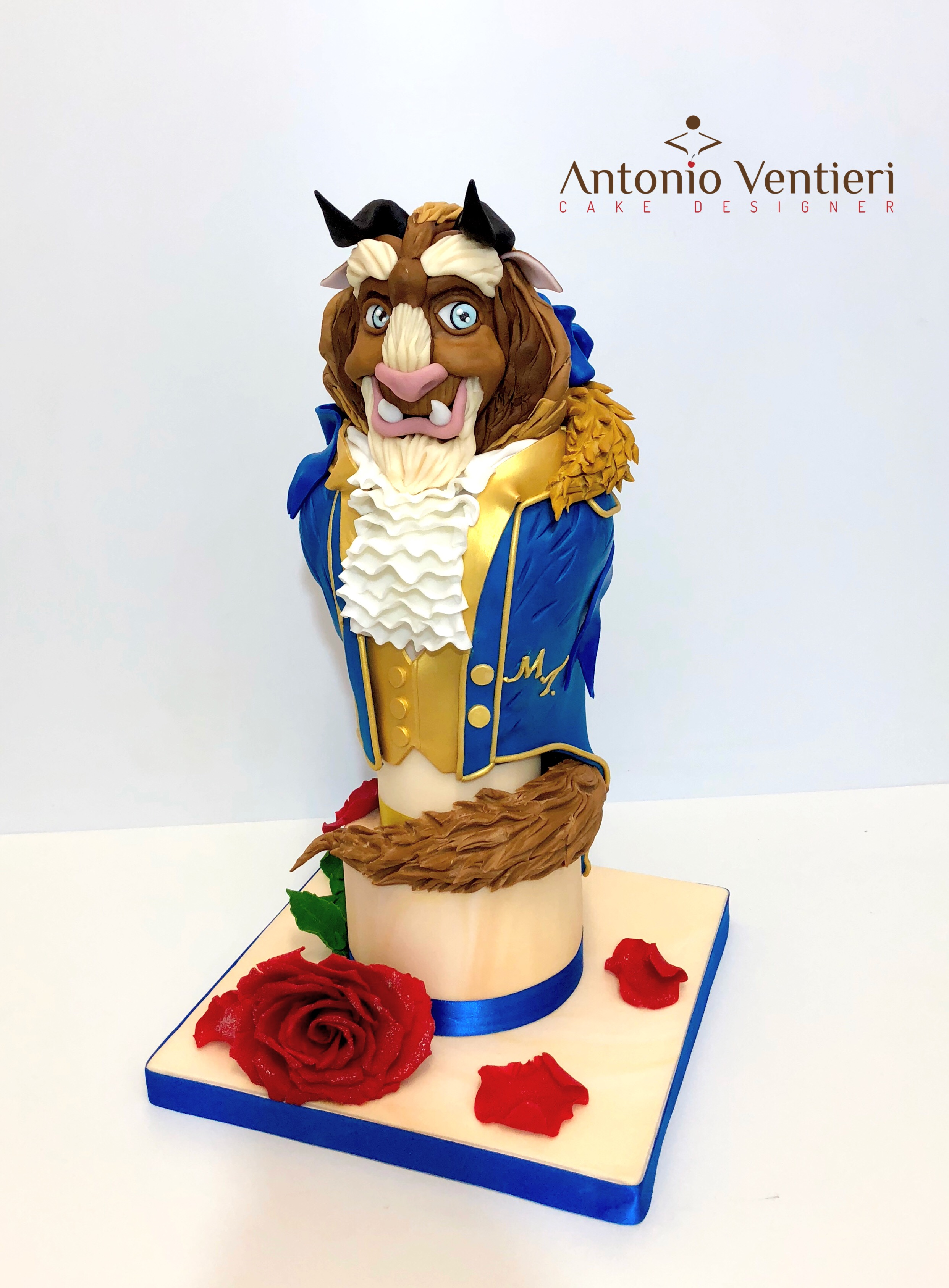 Sculpted Beauty and the Beast cake