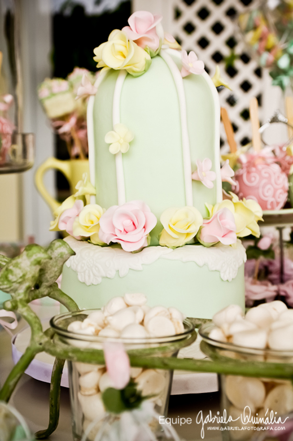 Elegant pastel green birdcage wedding
