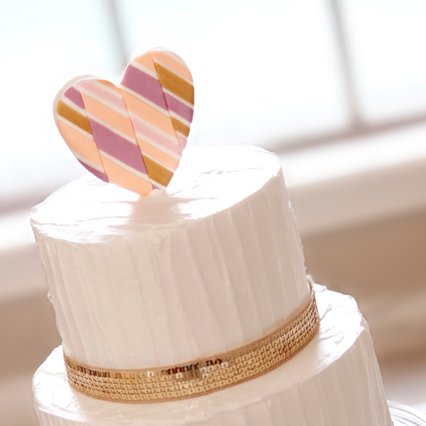 White wedding with Heart Topper