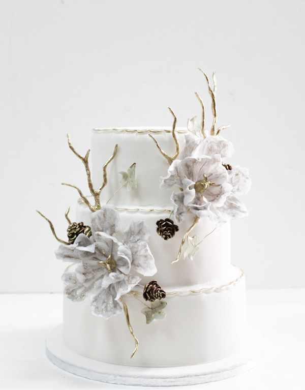 Winter White Flower Cake