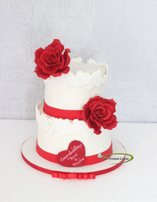 Red and White Wedding with sugar flowers