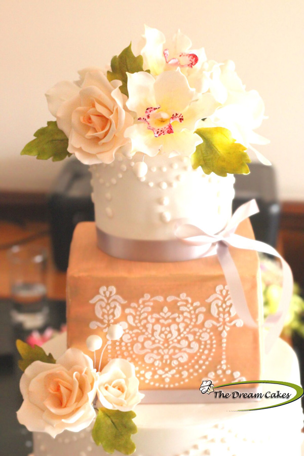 Ashwini-sarabhai-the-dream-cakes-wedding