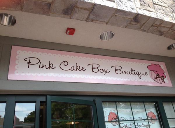 pinkcakebox.600.jpg#asset:3831