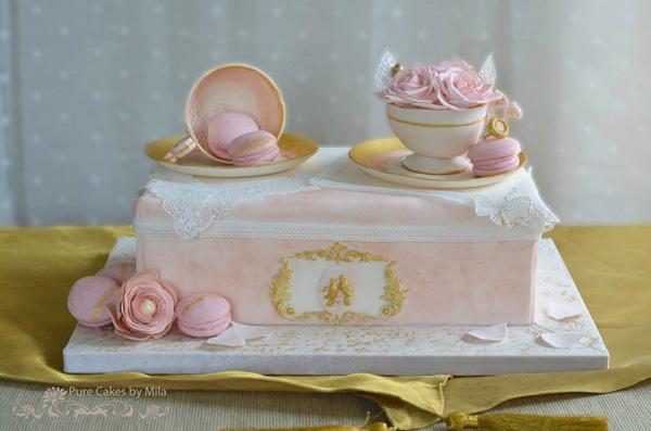Sculpted tea set birthday