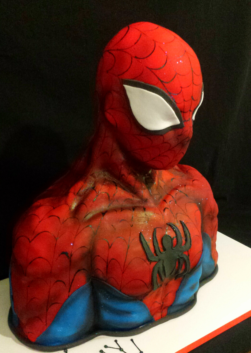 Spiderman bust cake