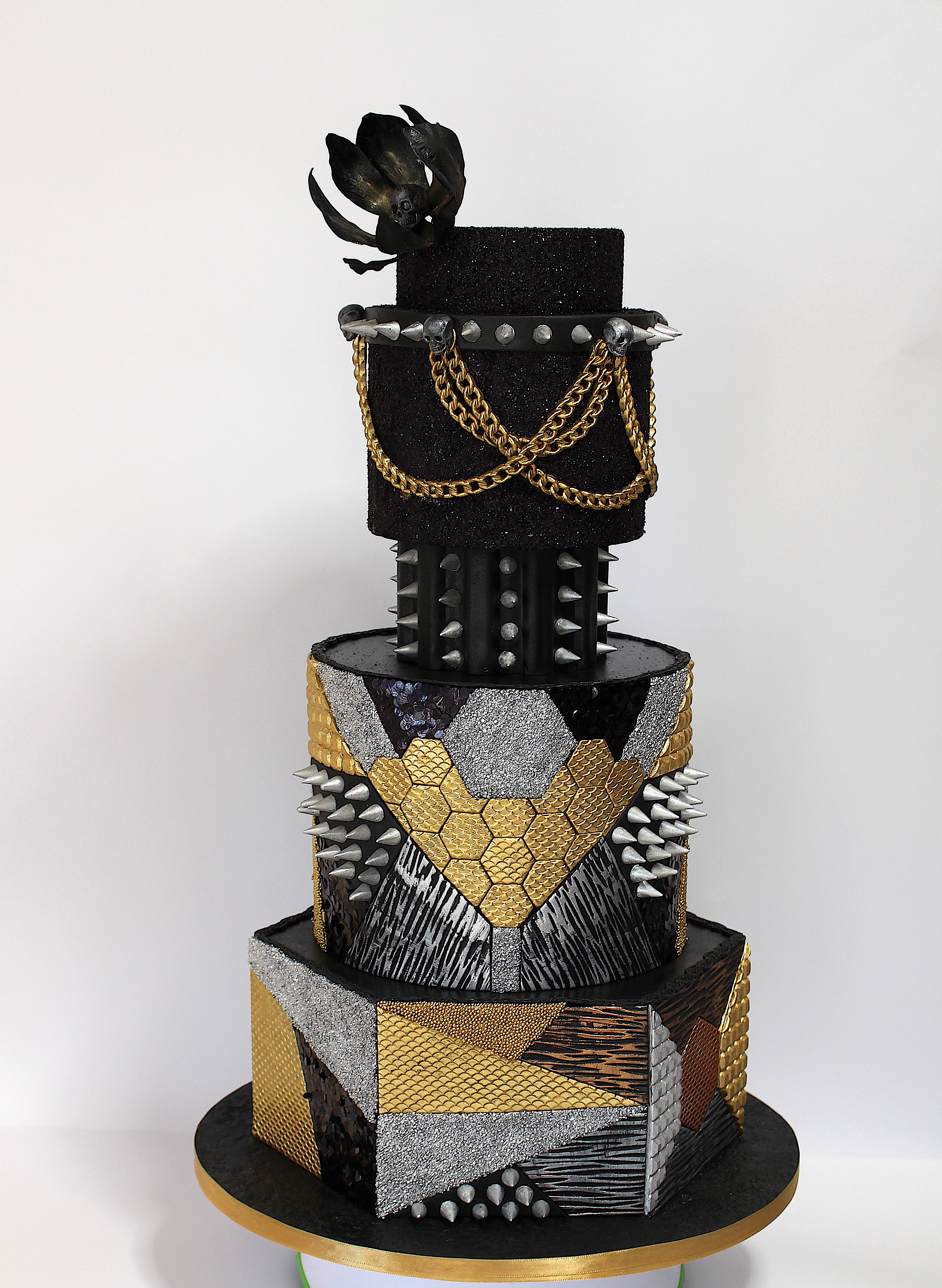 Black and gold spike fashion cake