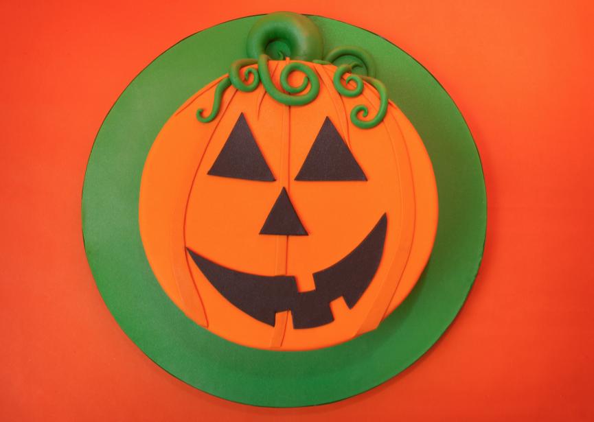 Halloween-Pumpkin-Cake-Feed.png#asset:10