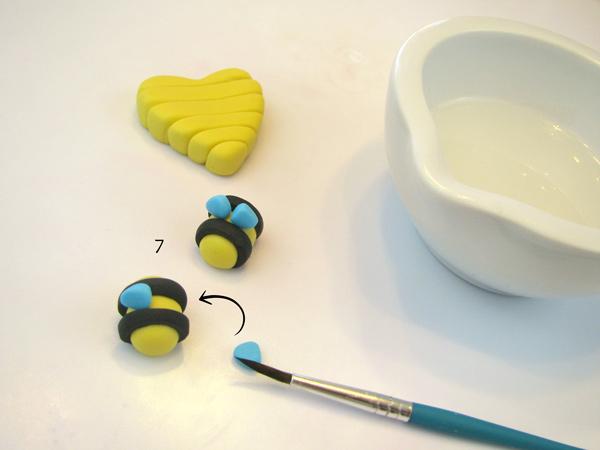 Honey-Bee-7.jpg#asset:22782