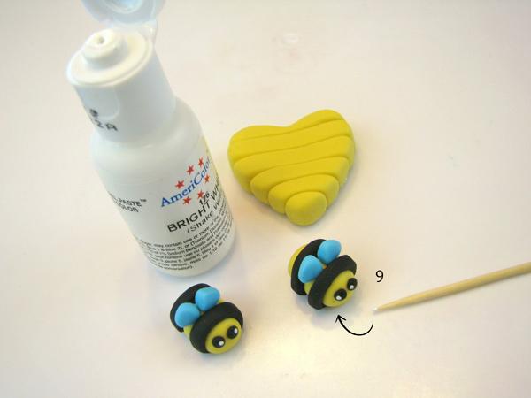 Honey-Bee-9.jpg#asset:22780