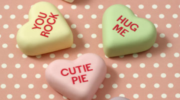 Conversation Heart Mini Cakes