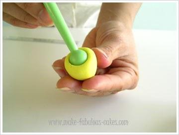 gum-paste-daffodil-7.jpg#asset:16814