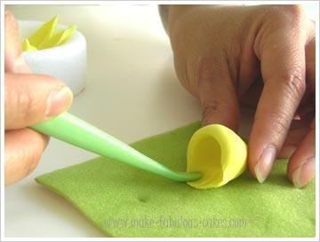 gum-paste-daffodil-8.jpg#asset:16815