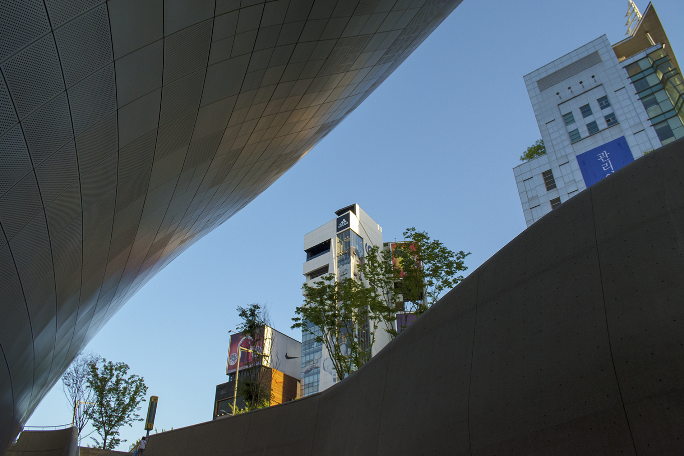 The Dongdaemun Design Plaza shot from the underground level facing the Art Halls in Seoul, South Korea. (CHRISTOPHER CAMERON/THE STATESMAN)