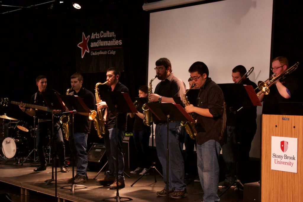 SB Live, a Stony Brook music group performed at the Tabler Arts Center Gala on March 30. ARACELY JIMENEZ/STATESMAN FILE