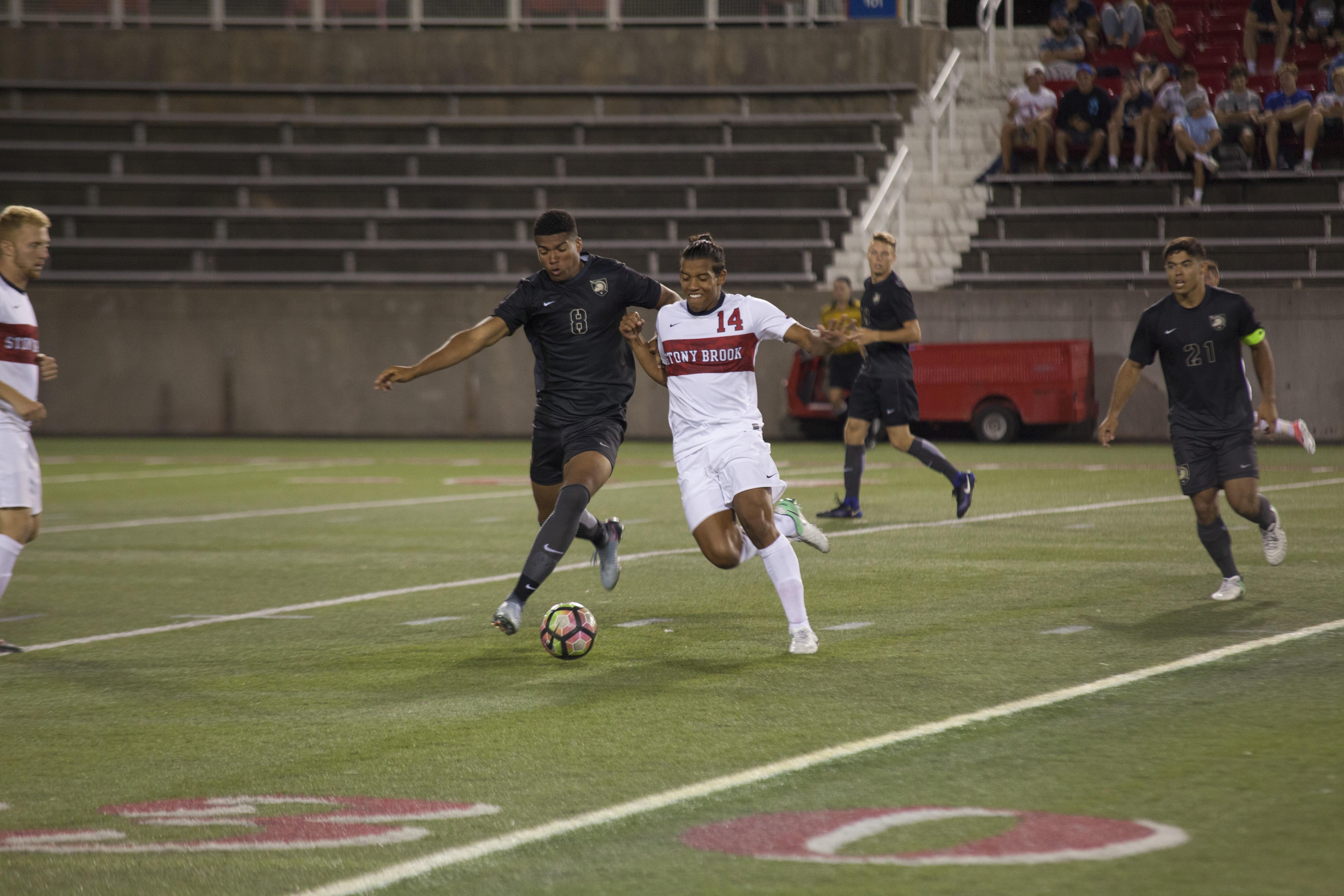 Men's Soccer Preview: Experienced Seawolves seeking America East Glory
